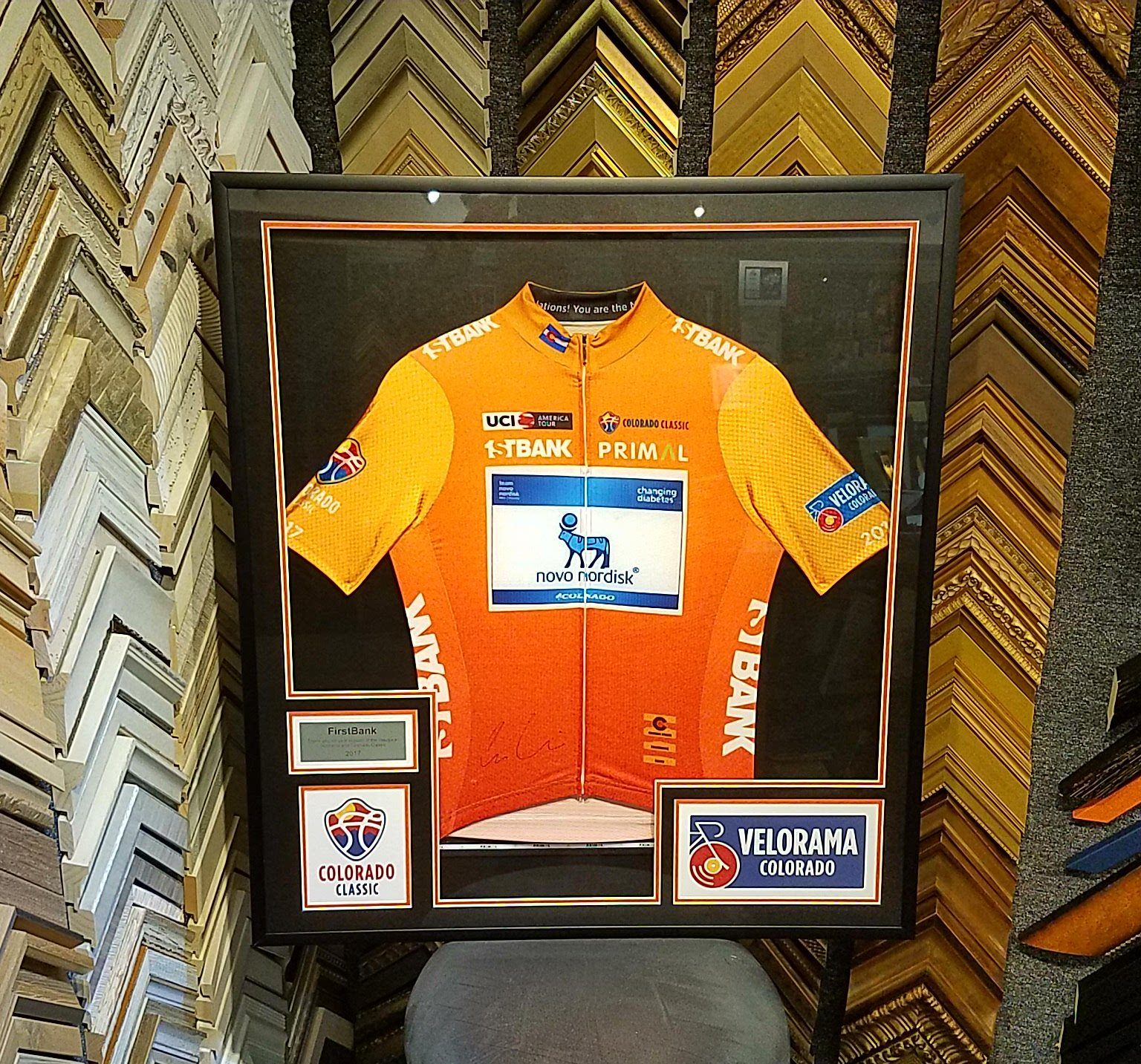 Framed cycling jerseys